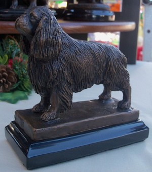 "King Charles Spaniel Standing on Marble Base (4.75""H x 2.75""W x 4.75""L)"